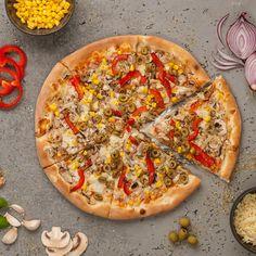 Vegetariana Vegetable Pizza, Vegetables, Food, Pizza, Veggie Food, Vegetable Recipes, Meals, Vegetarian Pizza, Veggies