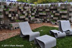 Edible wall! Cinderblock wall vegetable garden wows at Big Red Sun   Digging