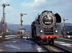 RailPictures.Net Photo: Deutsche Reichsbahn Steam 4-6-2 at Saallfeld, Germany by J Neu, Berlin