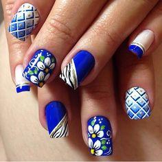 New nails verano pies ideas Pink Nail Designs, Simple Nail Designs, Acrylic Nail Designs, Pink Toe Nails, Summer Toe Nails, Pedicure Nail Art, Pedicure Spa, Eyeliner, Nail Accessories