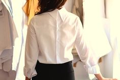 Business look in this white shirt buttoned on the back!do adorable and sexy Business Look, Poplin, Ruffle Blouse, Sexy, Shirts, Clothes, Shopping, Women, Style