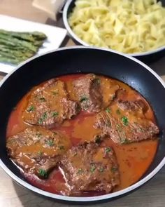 Perfect Baked Chicken, Baked Chicken Recipes, Meat Recipes, Dinner Recipes, Healthy Recipes, Beef Skillet Recipe, Skillet Meals, Skillet Recipes, Turkish Recipes