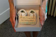 Baby announcement to the new grandparents zwangerschap aankondiging aan opa en oma