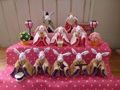 Hina Dolls, Japan, Christmas Ornaments, Holiday Decor, How To Make, Handmade, Food, Home Decor, Xmas Ornaments