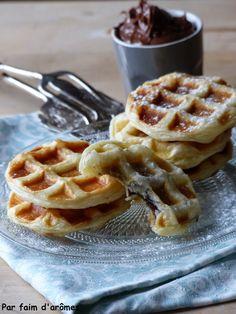 Nutella Waffles using Puff Pastry :D Par faim d'arômes: Gaufres feuilletées au Nutella® {Mardi Gras} #instantgouter