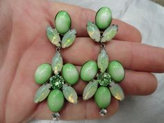 Stunning Vintage Cabochon Green & White and di BBGIMAGINATIONS