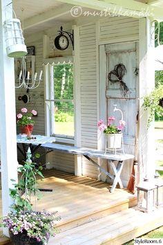 Potting shed decor! Outdoor Rooms, Outdoor Gardens, Outdoor Living, Outdoor Decor, Patio Pergola, Backyard, Garden Cottage, Home And Garden, Shed Conversion Ideas