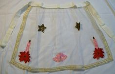 Christmas Apron, Vintage Apron, Vintage Christmas, Vintage Net Apron with - pinned by pin4etsy.com