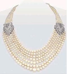 Amazing pearl necklace ! ❤