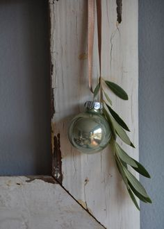 Bauble and a sprig.