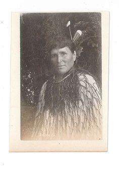 Portrait of Te Paea Hinerangi, Guide Sophia. Rare Wine, Terraces, New Zealand, Art Decor, Places To Visit, Auction, Carving, Jewellery, Portrait