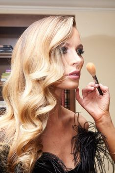 Georgina Chapman Gets Ready for Weinstein Company's Pre-Oscar Bash: As co-founder of Marchesa, pretty much any party-ready poufy dress is as good as hers; and when you factor in her plus-one to these things (Weinstein Company co-chair and producer Harvey Weinstein), chances are you're more or less set for a picture-perfect Oscars weekend. ----- Charlotte Tilbury's Legendary Muse Palette and Rock 'N' Kohl liquid eyeliner. | Coveteur.com