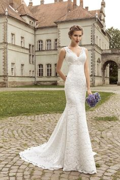 V-Neck Sleeveless Lace Up Back Mermaid Wedding Dress
