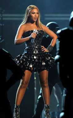 Beyoncé's Showstopping Grammy-Awards Style...2010