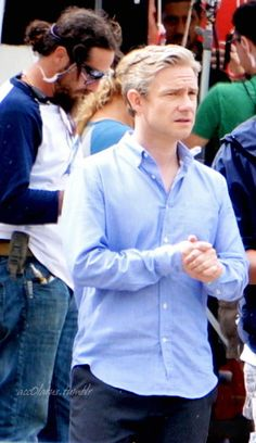 """Martin Freeman filming """"Start Up"""" in Puerto Rico. // Unbuttoned and untucked - especially for @jaybirdjoy"""