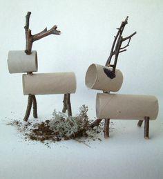 recycler le rouleau de papier toilette, des cerfs en rouleaux de carton