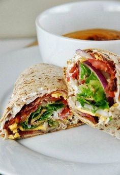 Bacon Ranch Turkey Wrap Recipe - 6 Points + - LaaLoosh -low calorie wraps, these are a Weight Watchers dream. Easy to make, and mouthwateringly delicious - Serves 4 so perfect for Healthy make-ahead lunches or For Light Summer Dinners with a side salad Ww Recipes, Lunch Recipes, Cooking Recipes, Healthy Recipes, Healthy Wraps, Recipe Tips, Simple Recipes, Dinner Recipes, Dinner Ideas