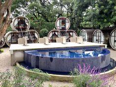 ¿Dormir dentro de un tubo? Es posible en Tubohotel – Tepoztlán, México