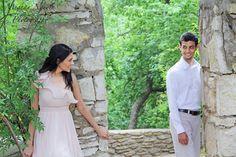 Engagement Ideas, Engagement Pictures, Engagement Shoots, Wedding Engagement, Wedding Day, Couple Posing, Couple Shoot, Time Photography, Portrait Photography