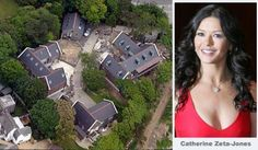 Catherine Zeta-Jones andf husband Micheal Douglas owns this mansion Celebrity Mansions, Celebrity Houses, Beautiful Interiors, Beautiful Homes, Big Mansions, Luxury Mansions, Multi Million Dollar Homes, Dream Mansion, Dream Homes