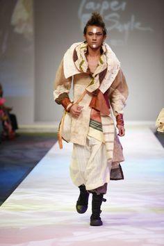Indigenous fashions | 13:00~14:00 Taiwan Indigenous Fashion Trend