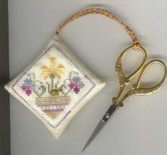 Forbici DA RICAMO PUNTO CROCE SHARP punti su Forbici per sarto Stitch