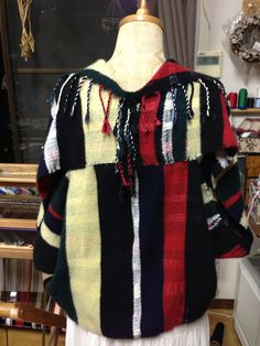 Jacket in the cloth of cashmere hand-woven Saori