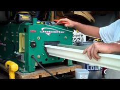 Gutter Machine making new continous gutters for our home DIY gutter articles from gutter Installers. Steel Fence Panels, Metal Fabrication Tools, Diy Gutters, Seamless Gutters, Metal Bender, Machinist Tools, How To Install Gutters, Metal Buildings, Making Machine