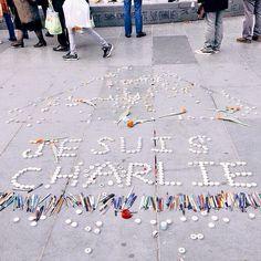 Je Suis Charlie photo by American blogger in Paris Leslie Tramuta (Lost in Cheeseland)