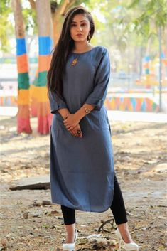 Simple And Elegant Looking Readymade Kurti Is Here In Grey Color For Your Casual Wear. This Pretty Kurti Is Fabricated On Rayon Cotton Which Is Soft Towards Skin And Ensures Superb Comfort All Day Lon. Simple Kurti Designs, Kurta Designs Women, Party Wear Kurtis, Kurti Designs Party Wear, Designer Kurtis, Designer Dresses, Frock Fashion, Fashion Outfits, Chudidhar Designs