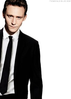 Tom Hiddleston (because I can't remember the last time I pinned anything Hiddles)