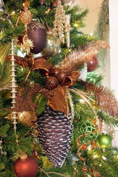 Love using large pinecones. This is so pretty! TG