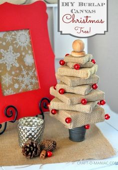 DIY Burlap Canvas Christmas Tree