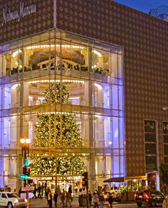 San Francisco's Union Square at Christmas: Nieman Marcus Christmas Tree