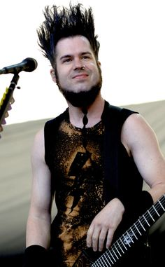 Static-X Frontman Wayne Static Dead at Age 48, Mourned by Ozzy Osbourne, Other Rockers