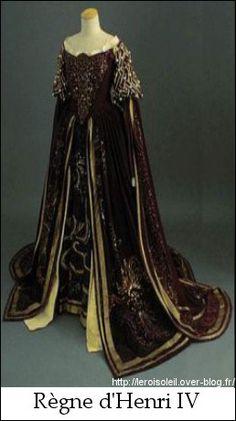 Costume féminin sous Louis XIV -
