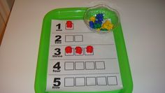 Toddler School Tray: Number matching/counting with bear counters
