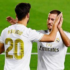 Zinedine Zidane Real Madrid, Isco Real Madrid, Ronaldo Real Madrid, Uefa Champions League Groups, Courtois Real Madrid, Real Madrid Pictures, Liverpool Uefa, V Club, Santiago Bernabeu