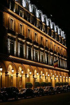 Hotel Meurice, Rue de Rivoli, Paris.  Là où mon chéri m'a demandée en mariage en 2004...