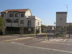 3 Bedroom Apartment in Sunninghill
