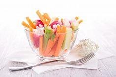 SUNT OG GODT: Grønnsaker med dip er supergodt - og ikke minst veldig næringsrikt!