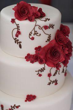 Rose Vines Wedding Cake