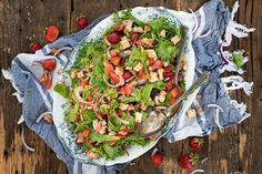 Sauce Barbecue, Guacamole, Mexican, Ethnic Recipes, Food, White Balsamic Vinegar, Dressing, Salads, Strawberry Fruit