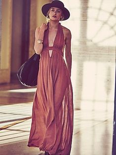 Womens Look Into the Sun Maxi from Free People. Shop more products from Free People on Wanelo. Moda Boho, Boho Chic, Bohemian Style, Bohemian Fashion, Bohemian Gypsy, Hippie Chic, Hippie Style, Hipster Outfits, Mode Outfits