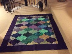 Restetæppe Quilts, Contemporary, Rugs, Home Decor, Farmhouse Rugs, Decoration Home, Room Decor, Quilt Sets, Log Cabin Quilts