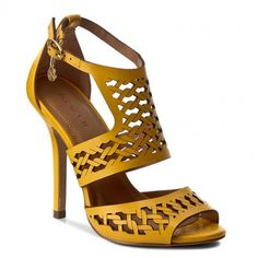 On blue these shoes from  KAZAR - Leticia look even better