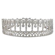 Platinum Diamond Tiara, For sale at , Platinum Diamond Tiara, 40 Carat For Sale at , Diamond Tiaras Source by Pearl And Diamond Necklace, Diamond Tiara, Diamond Jewelry, Silver Jewelry, Fine Jewelry, Royal Jewelry, Sapphire Diamond, Modern Jewelry, Tiffany Jewelry