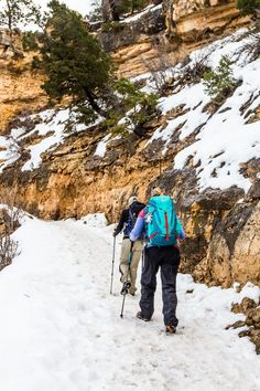 7 Helpful Tips for Visiting The Grand Canyon in Winter #GrandCanyon #hiking Grand Canyon Sunrise, Grand Canyon Tours, Grand Canyon Village, Grand Canyon South Rim, Grand Canyon National Park, Winter Travel, Holiday Travel, Bright Angel Trail, Visiting The Grand Canyon