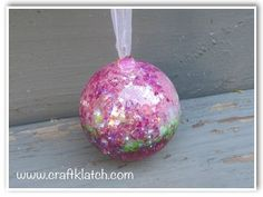 ▶ DIY Resin Glitter Ball for Garden or Indoors Make Something Monday - YouTube  Full written directions at www.craftklatch.com