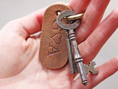 A gorgeous small leather keyring that is made to be personalised. A fantastic Valentines gift ideas. Leather Keyring, Leather Gifts, Personalized Christmas Gifts, Personalised Keyrings, Antique Keys, Unique Gifts For Men, Vegetable Tanned Leather, Gifts For Father, Leather Accessories